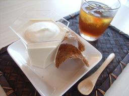 紅茶のブランマンジェ&チュイール